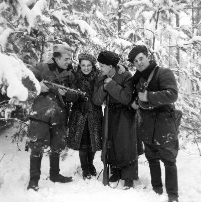 zhizn+sovetskih+partizan+frontovaya+zhizn+vtoraya+mirovaya+vojna+25479414162
