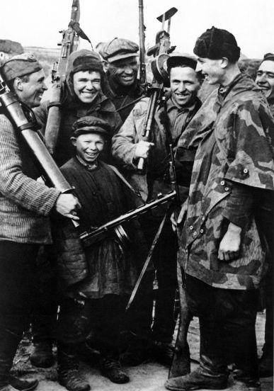 zhizn+sovetskih+partizan+frontovaya+zhizn+vtoraya+mirovaya+vojna+51710365459