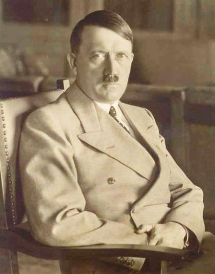 471px-Hitler_Postkarte