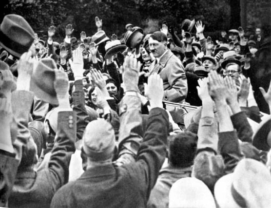 Der Fuhrer und Deutsches Volk